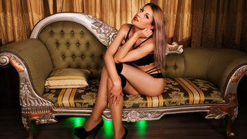 Show di sesso su webcam con Araya – Donna su Jasmin