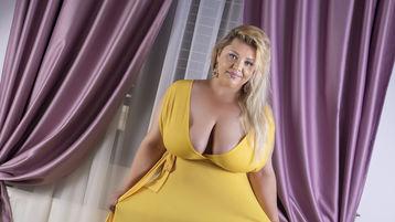 EeveeAdams's hot webcam show – Mature Woman on Jasmin