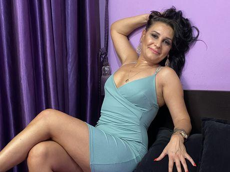 JenniferMiriam