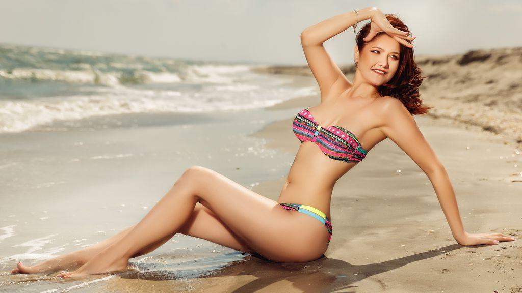 KristyAnnaGloria's hot webcam show – Girl on LiveJasmin