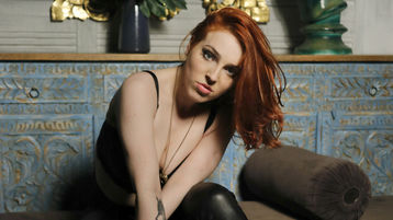TemptingFox's hot webcam show – Girl on Jasmin