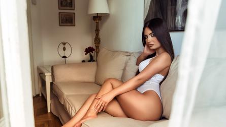 NicoleBenett