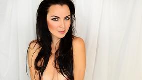 Katirina vzrušujúca webcam show – Dievča na LiveJasmin