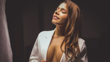 Show fierbinte la webcam JessicaMendoza  – Fata pe Jasmin