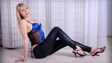 antuansexlove3's profile picture – Mature Woman on LiveJasmin