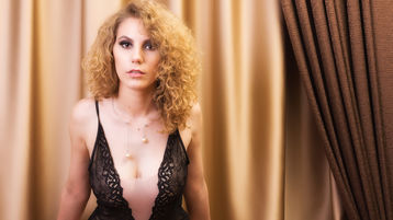 PetiteDesiree's hot webcam show – Girl on Jasmin