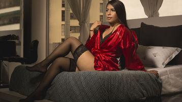 Show fierbinte la webcam NatalieGlorious  – Fata pe Jasmin