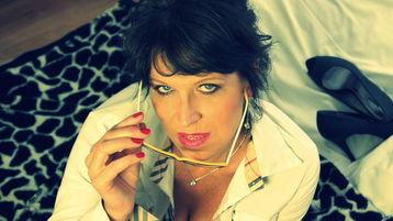 Show caliente de webcam de KellyHome – Flirteo Caliente en Jasmin