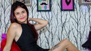 Show fierbinte la webcam sweetLettali  – Fata pe Jasmin
